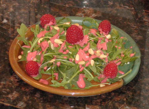raw food photo: Arugula Salad with Raspberry Pine-Nut Dressing!
