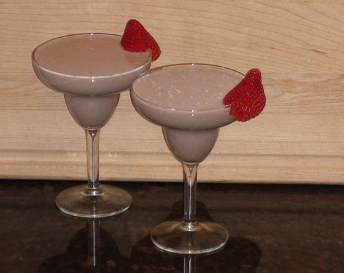 raw food photo: Strawberry LOVE Smoothies!