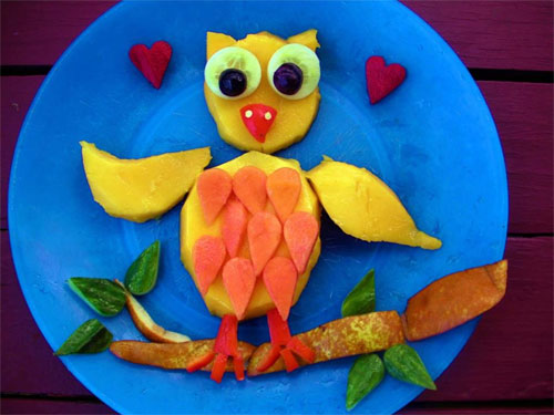 raw food photo: Owl Made of Fruit!